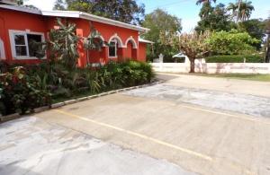 Mango Crescent, Porters, St. James