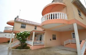 Warrens Terrace 35A, Warrens, St. Thomas, Barbados